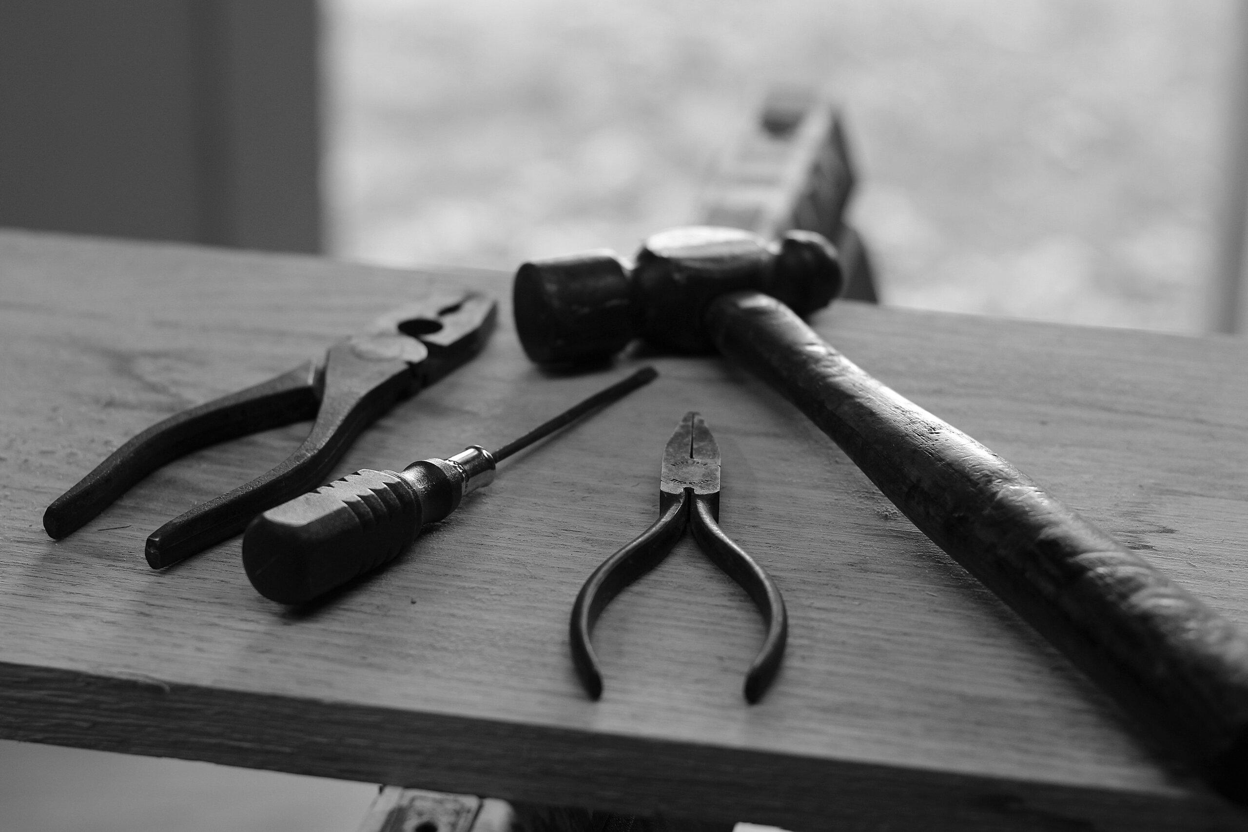 DIY Dumbwaiters: Most Common Pitfalls